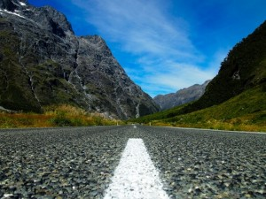 Road-to-Milford-Sound
